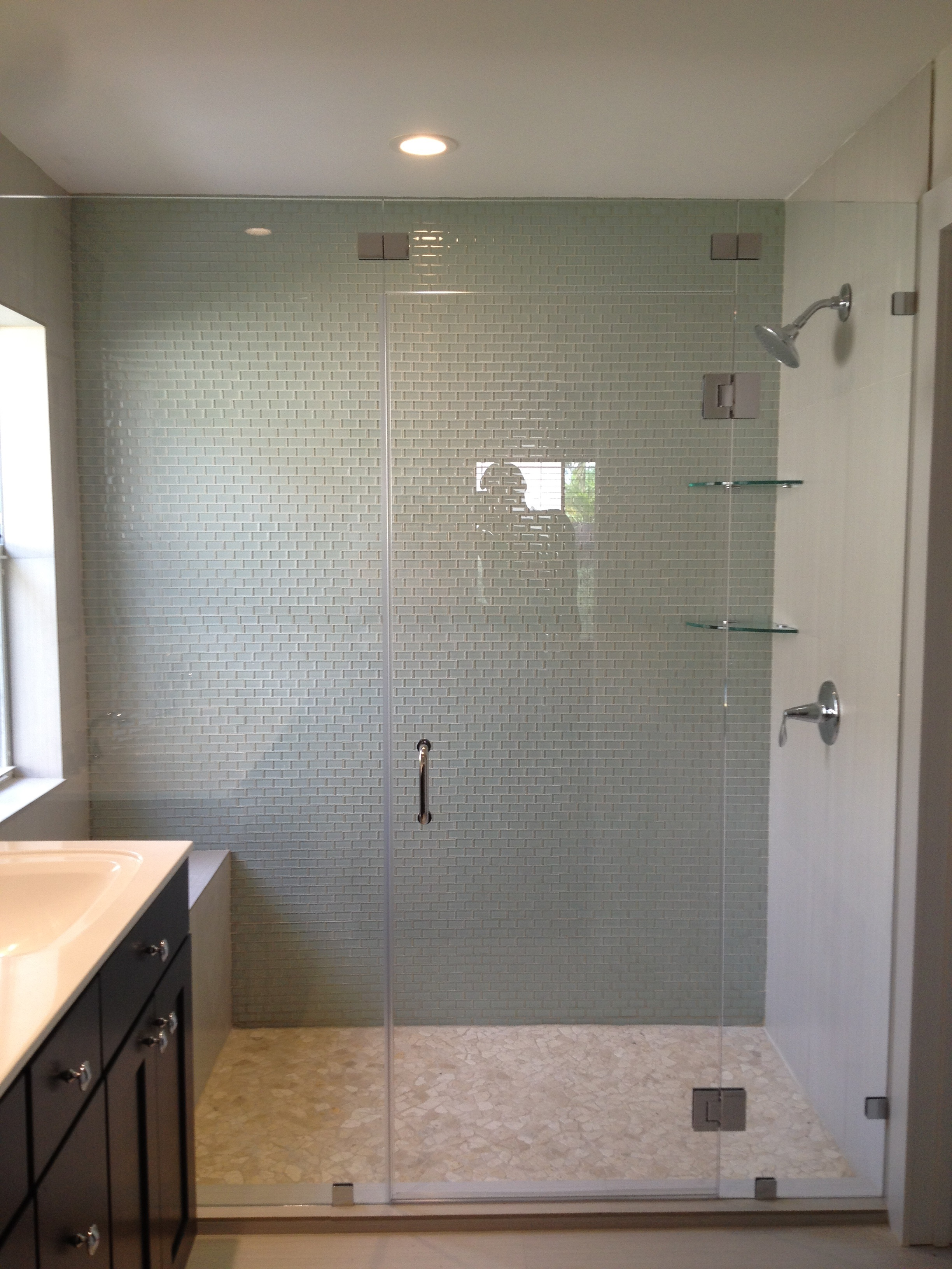 Shower doors frameless glass frameless shower glass for Frameless glass doors